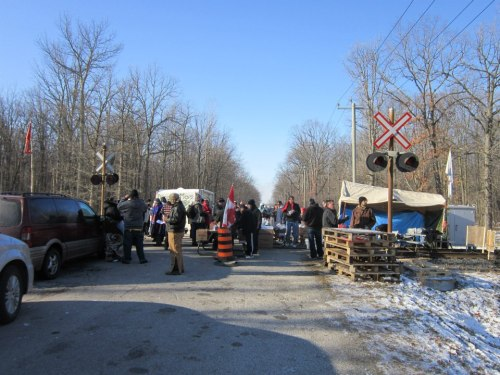 CN rail tracks blocked near Sarnia, Ont, Dec 23, as part of INM protests.