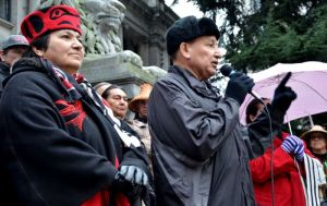 Stewart Phillip, head of the Union of BC Indian Chiefs, addresses the crowd at INM rally in Vancouver, Dec 23.
