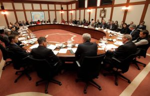 Indian Act chiefs meet with PM in Ottawa, Jan 11, 2013.