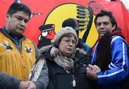 Danny Metatawabin, on left, with chief Spence during her fast in Ottawa.