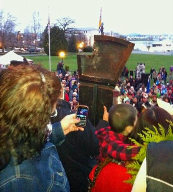 The copper with a portion cut out, a symbolic shaming of the government.
