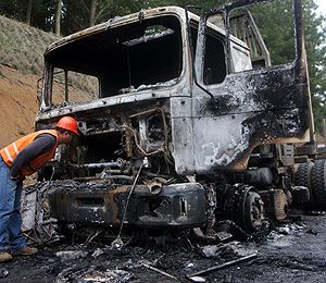Arson attack on logging truck in Mapuche territory.