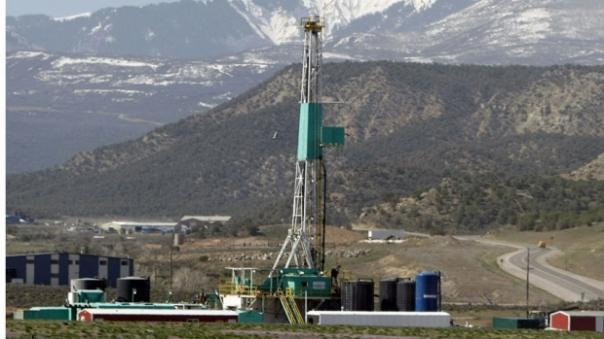 Fracking NE BC  rig
