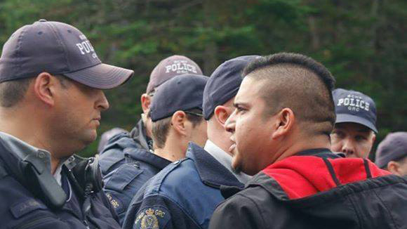 Malcolm Ward confronting RCMP on Oct 17, 2013.