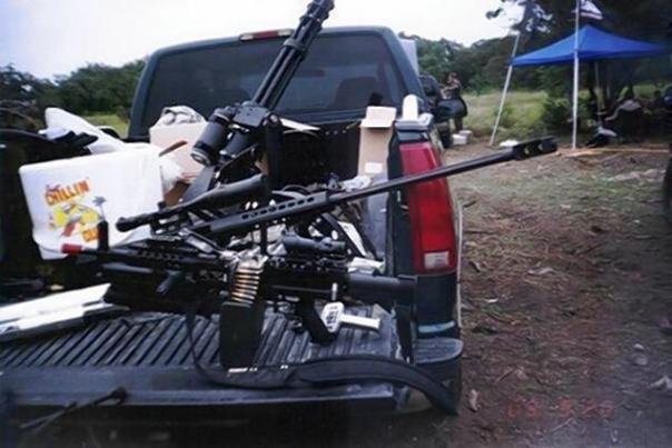 Weapons in a Knights Templar vehicle in Michoacan include a .50 calibre sniper rifle, a Minigun machine gun with 6 rotating barrels, and a light machine gun.