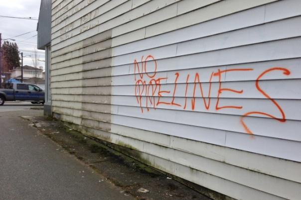 Graffiti No Pipelines 4