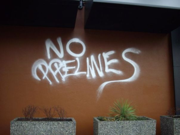 No Pipelines graffiti in East Vancouver.
