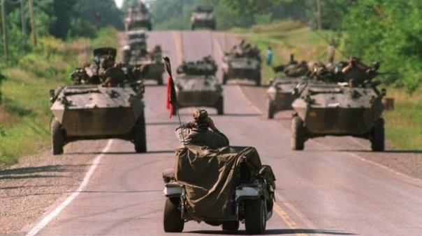Oka 1990 apc road