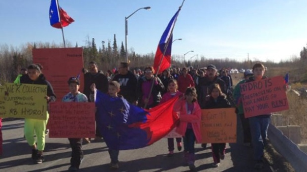 Members of the Pimicikamak First Nation protest against Manitoba Hydro, Oct 15, 2014.