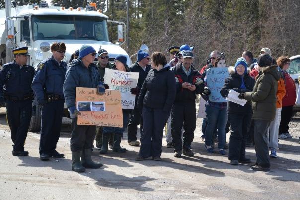 Muskrat Falls blockade 2013 1