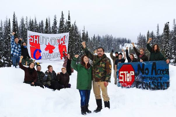 Unist'ot'en camp solidarity with #Shutdown Canada.