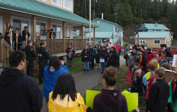 Heiltsuk Nation members confront DFO officers at Denny Island coast guard station (Pacific Wild) via Common Sense Canadian.