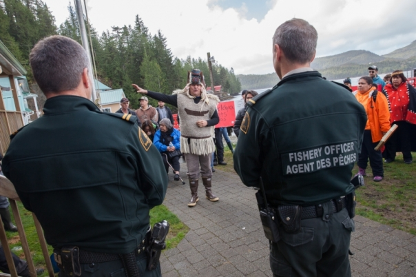 Heiltsuk fisherman Frank Brown speaking to DFO officers on Denny Island on Sunday. Photo by Mychaylo Prystupa/Vancouver Observer.  March 29, 2015.