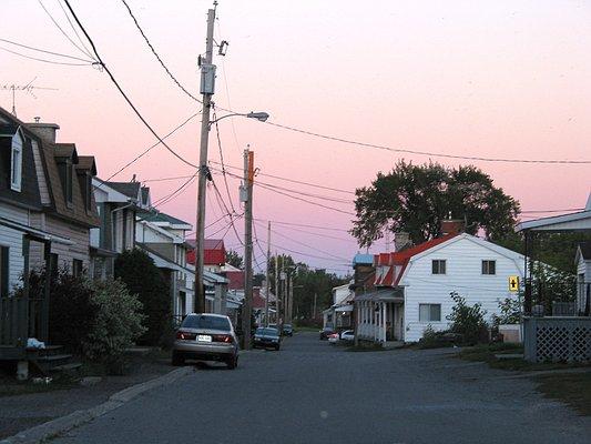 Street in Kahnawake.