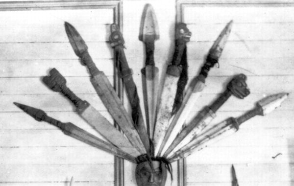 Figure 8a showing a variety of Tlingit daggers.