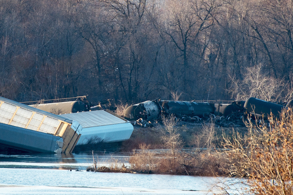 Oil train derailments such as this one from November 7, 2015, in Wisconsin are an all too common sight, the Quinault Nation says. Photo: Indian Country Today