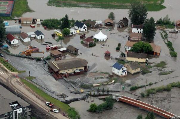 Tar Sands Fort McMurray flood 1
