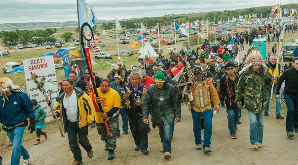 dakota-access-pipelie-protest-march