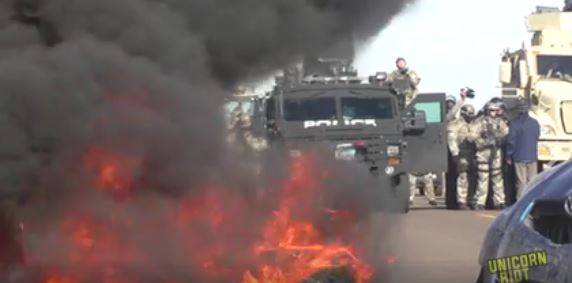 dakota-access-pipeline-burning-barricade-1
