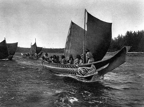 kwakwakawakw-canoes-sails