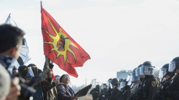 dapl-standoff-warrior-flag