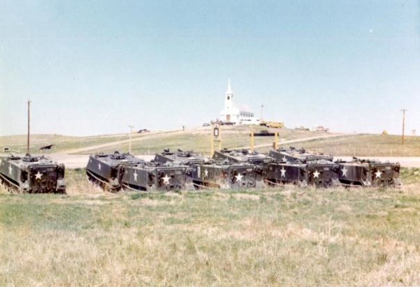 wounded-knee-73-apcs