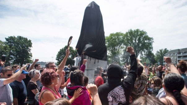 Mikmaq Halifax cornwallis-statue-protest 1