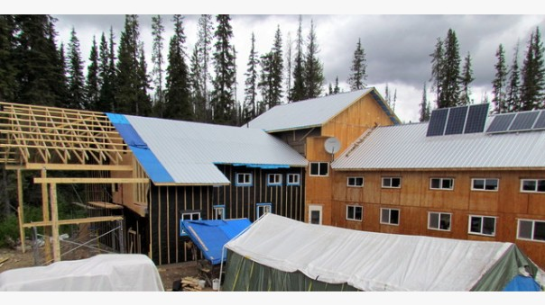 Unistoten healing lodge construction