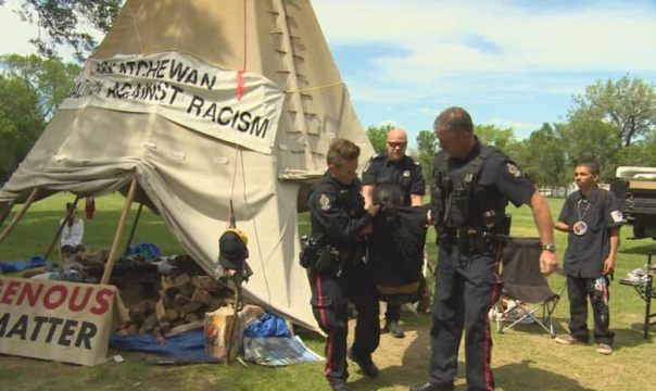 regina-police-arrest-protester